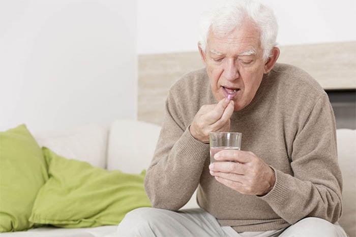 Điều trị bệnh xương khớp bằng thuốc tại nhà